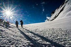 Climbing_to_Kalindi_mountains_of_Himalayas,_Uttarkashi,_Uttarakhand,_India